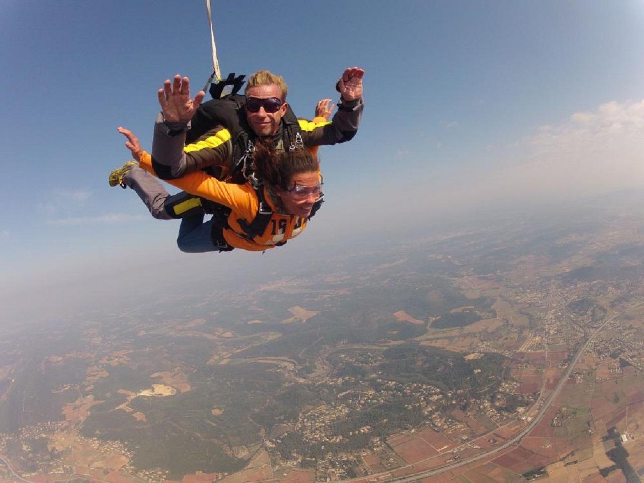 Super Saut en parachute en tandem - Cadeaux Kazaden DK48